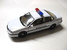 1:24 SCALE WELLY 2001 CHEVROLET IMPALA DIECAST POLICE CAR MODEL W/O BOX