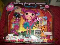 Lalaloopsy Silly Hair Store With B Sharp Doll And Kitty Rattles