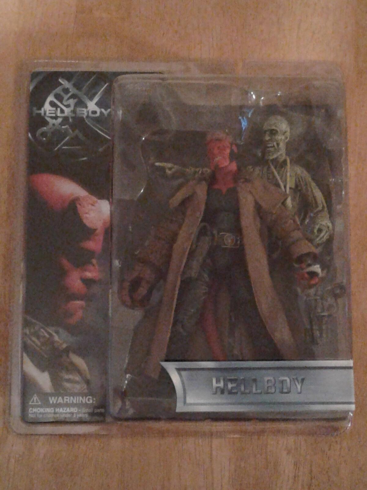 Hellboy Nuevo-Hellboy Variante Figura de boca abierta con Ivan el cadáver 2004 Mezco