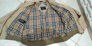 Vintage-Burberry-beige-bomber-Nova-check-jacket-for-Men