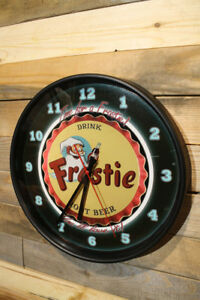 Classic-Blk-Glass-Window-non-ticking-12-Inch-Silent-Wall-Clock-Frostie-Root-Beer