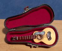 1/12 Dolls House Miniature Spanish / Acoustic Guitar Music Room Instrument Lgw