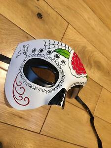 Halloween cast mask.Unisex.Phantom//Half face Mask.Masquerade //Ball //Prom.UK.NEW