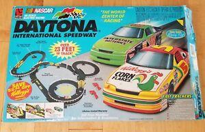 Details about NASCAR Daytona International Speedway HO Slot Car Race Set  Electric Racing Works