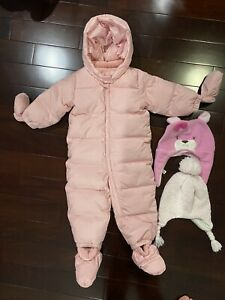 baby Gap pink snow suit 18-24 months w/ mittens and Booties used
