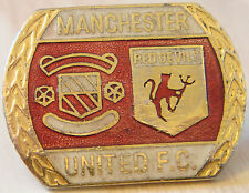 MANCHESTER UNITED Club crest type badge Brooch pin in gilt 32mm x 24mm