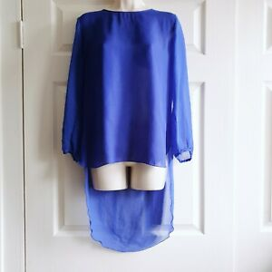 United-Colours-of-Benetton-Size-Medium-Sheer-Blue-Top-Made-in-Italy-Hi-Low-Hem