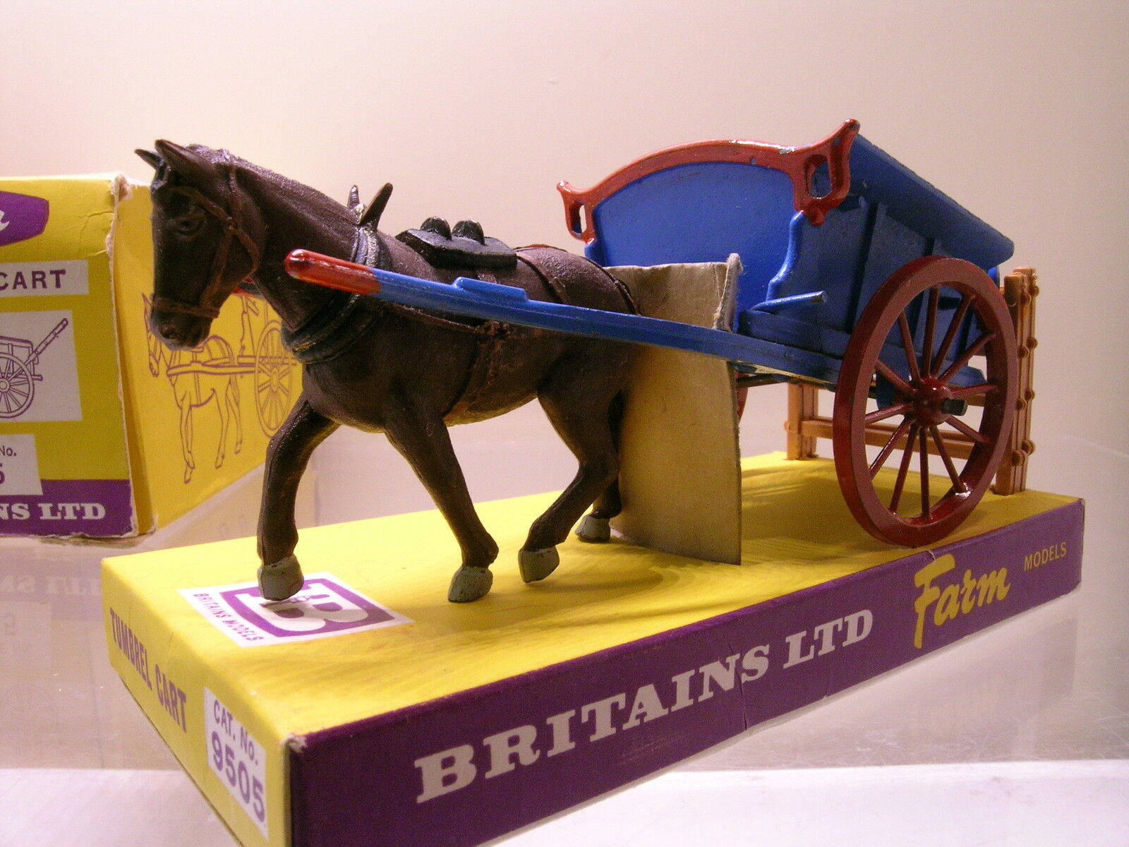 Country betriebsmodellen bespannten tumbrel wagen blau   rot   braun boxed 1  32