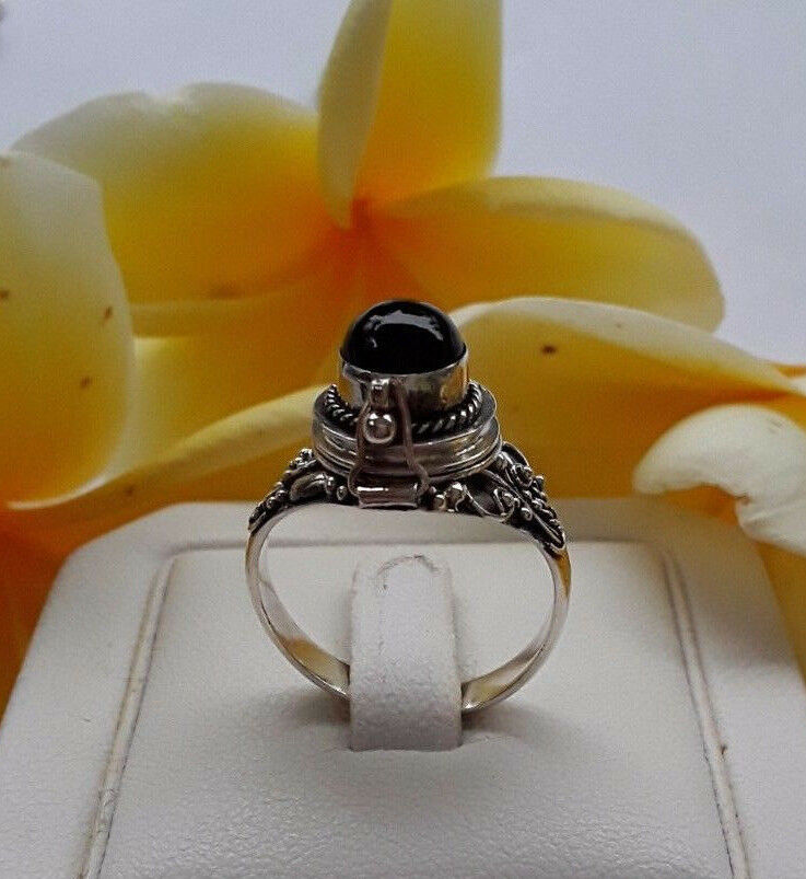 AGNES CREATIONS   BAGUE OUVRANTE POISON A SECRET silver 925 & ONYX  size 55