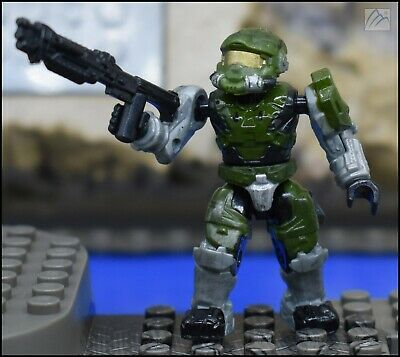 Halo Mega Bloks Series 2 Red UNSC Spartan II with Carbine