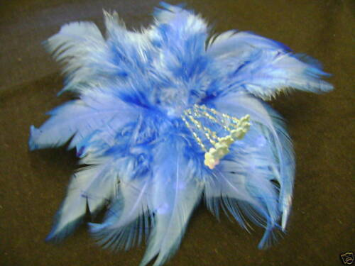 CORSAGE or BROOCH NEW LT BLUE FEATHER FASCINATOR HAIR CLIP