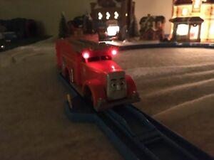 Trackmaster-Talking-Flynn-Train-with-Flashing-Red-LED-039-s-L-K-Thomas-Tomy