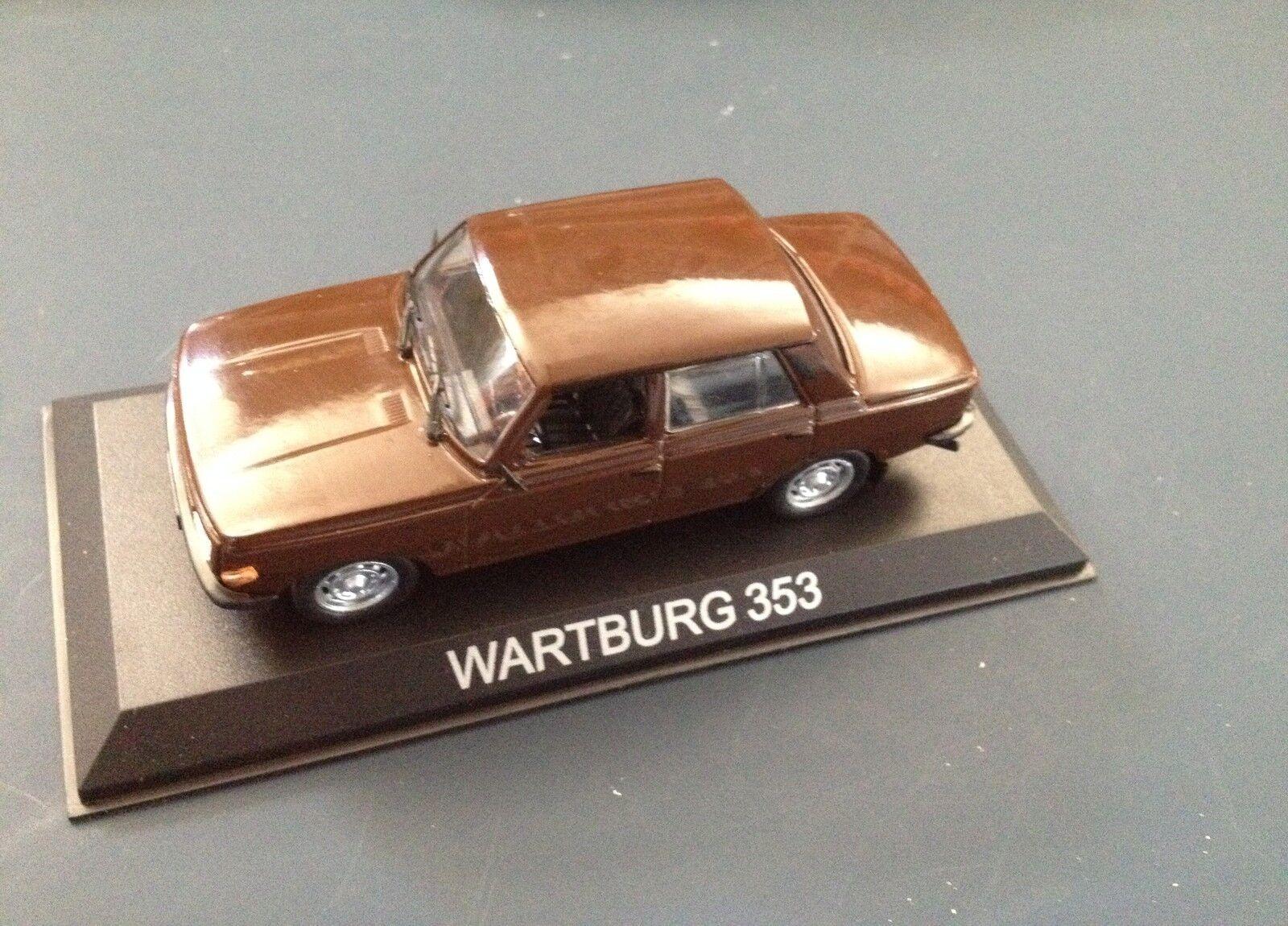 WARTBURG 353 - 1 43  AUTO DIECAST IXO   IST LEGENDARY CAR  BA38