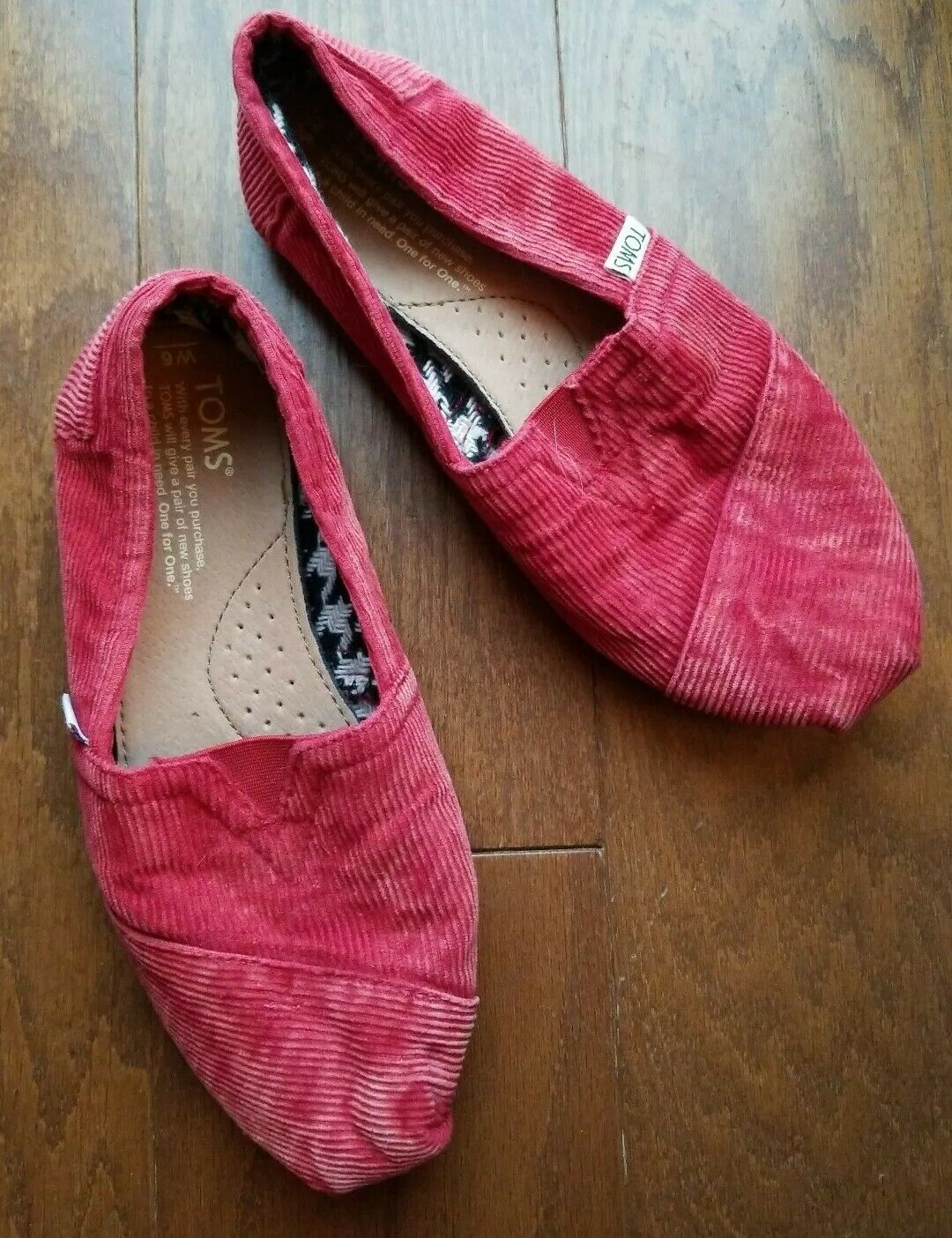 TOMS Red Corduroy Slip On Casual Loafer Classic Textured Shoes Women's Size 6