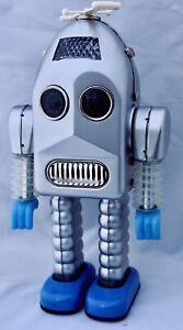 THUNDER-ROBOT-CLASSIC-60-039-RETRO-TIN-TOY-ROBOT-BATTERY-ROBOT-HAHA-TOY