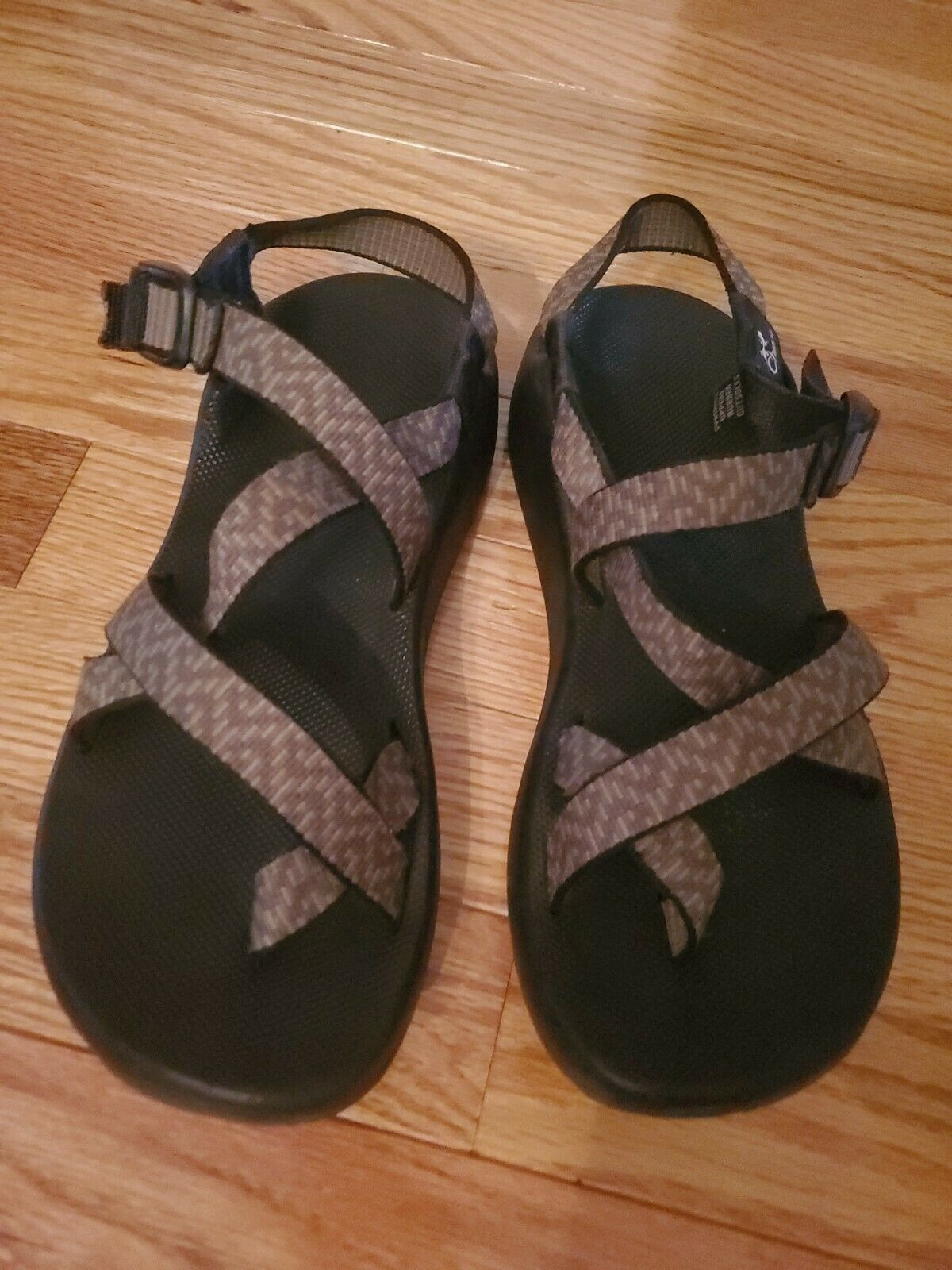 CHACO Women's Size 8 Strappy Sandals - image 2