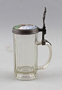 8348047-Glas-Bierkrug-mit-Porzellandeckel-Jagdmotiv