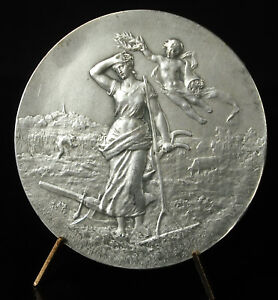 Medal-by-Mr-le-Earl-the-of-Blois-1950-Blind-Scale-Justica-Agriculture