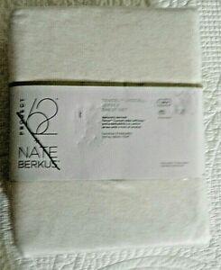 NEW PROJECT 62 /& NATE BERKUS TENCEL LYOCELL JERSEY QUEEN SHEET SET WHITE!!!