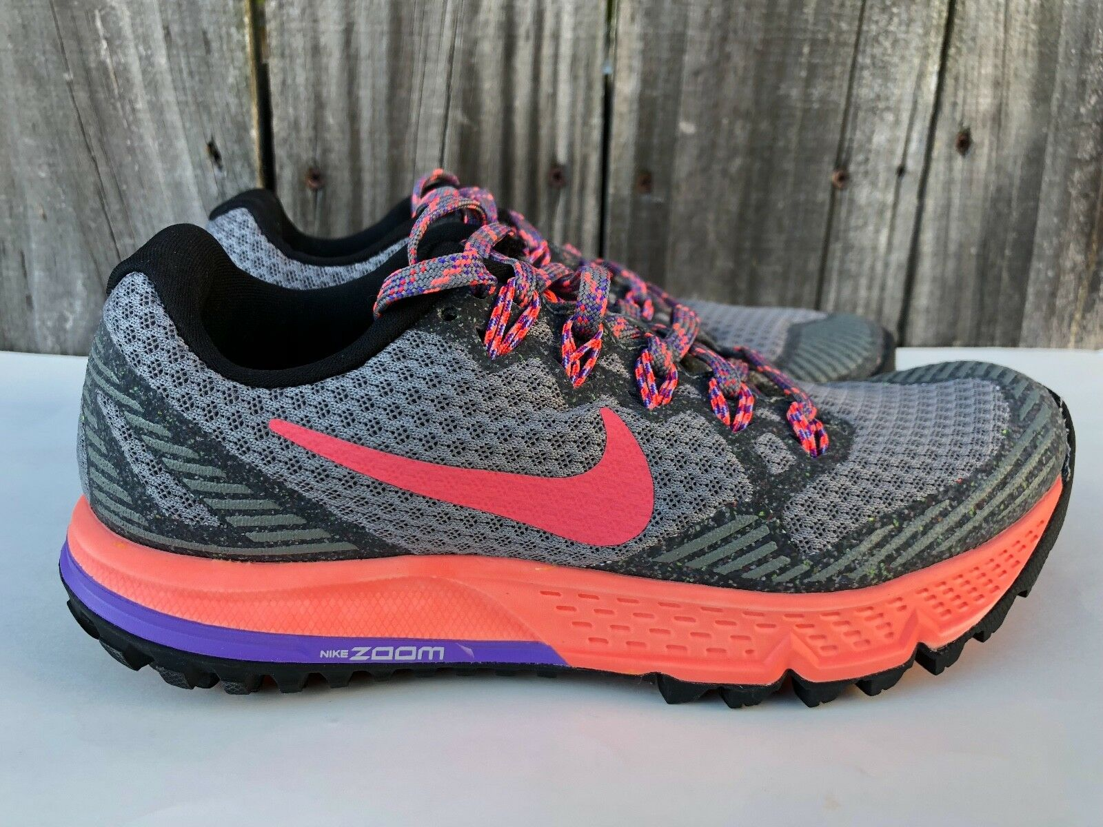 Women's Nike Air Running Zoom Wildhorse 3 Trail Running Air Shoes Gray Size 5 749337 008 5ab71f