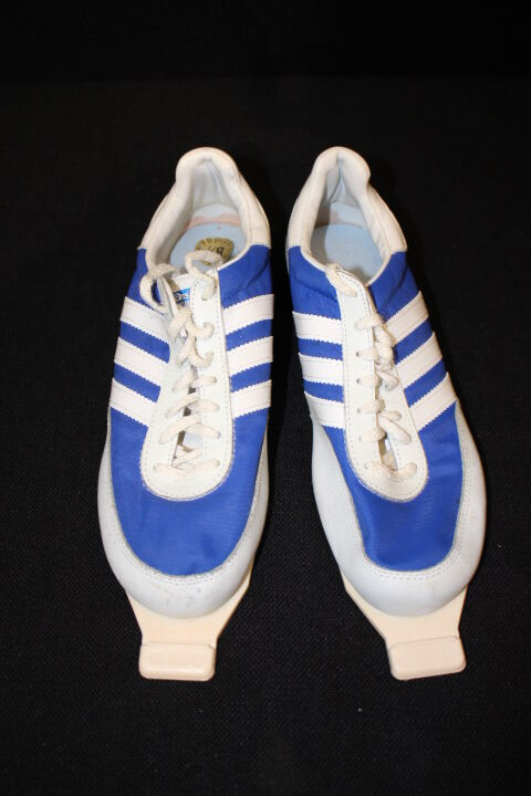 VINTAGE Adidas SUOMI Ski Shoes, Blue & White, Original Box, Mens, Comfortable best-selling model of the brand