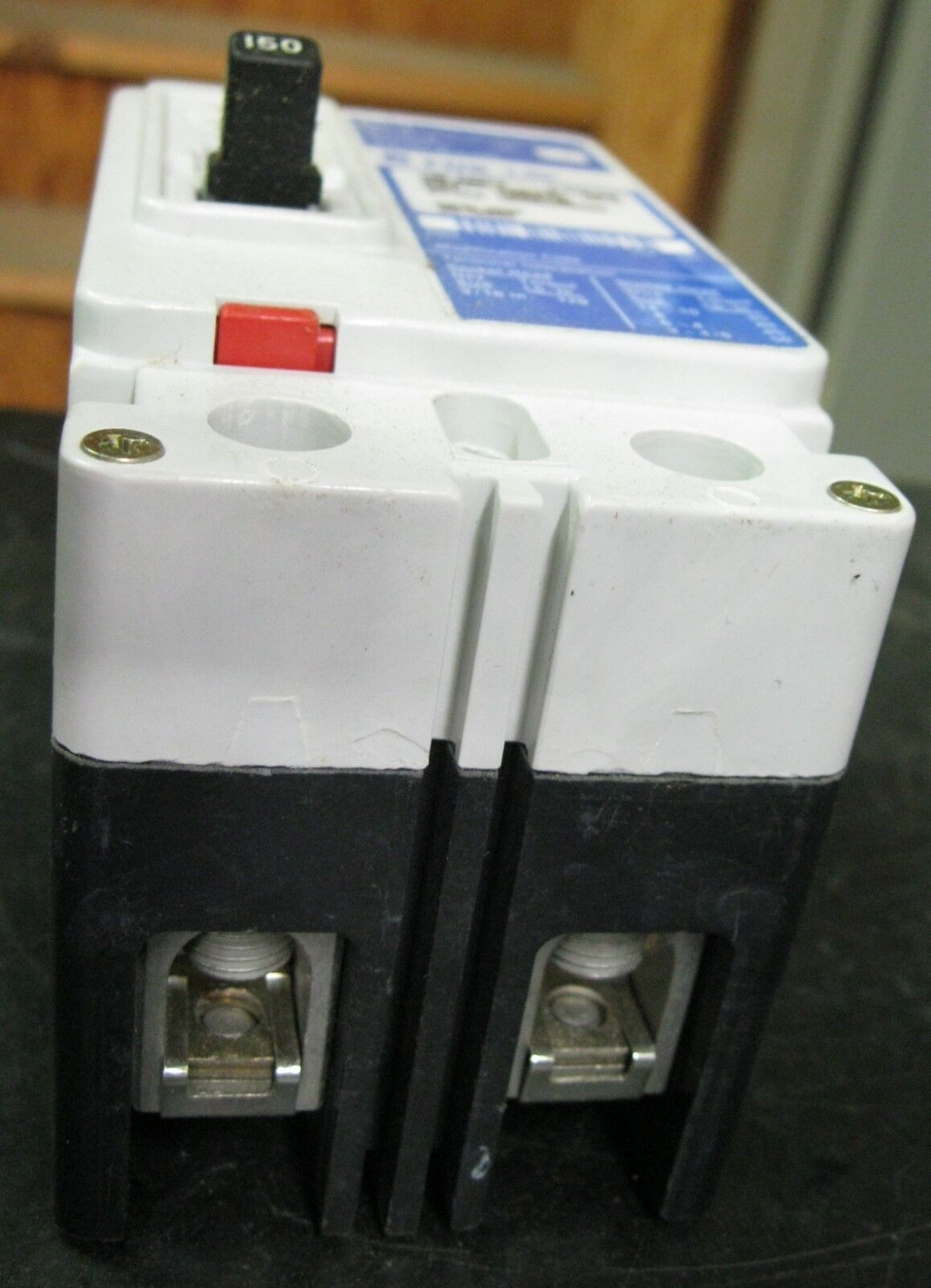 Cutler Hammer Fdb2150 Circuit Breaker Series C 150 Amps 2 Poles Ebay Installation With A Pb30 Inlet On Main