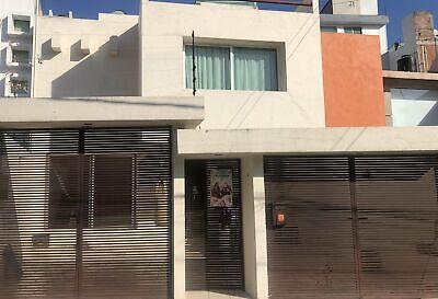 Casa en venta dentro de privada en Jardines de Bellavista
