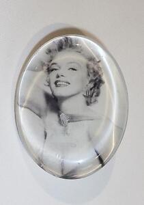 Schwarz & Weiß Foto Marilyn Monroe High Standard In Quality And Hygiene Pins & Brooches Cg0565 Brosche