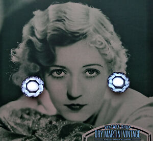 VINTAGE-ART-DECO-VAUXHALL-GLASS-CLIP-EARRINGS-BEAUTIFUL-BABY-BLUE-BRIDAL-GIFT