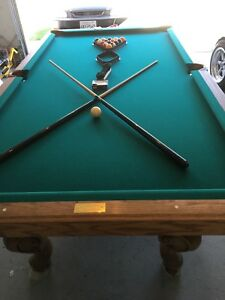 ... Olhausen Pool Table 8 Foot Professional Size Oak