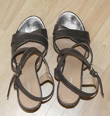 Damenschuh ++ Sandalette ++ Keilabsatz