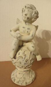 neu ° NOOR Design hübscher Engel auf Kugel weiß/gold 50 cm Ton Putte Shabby Deko