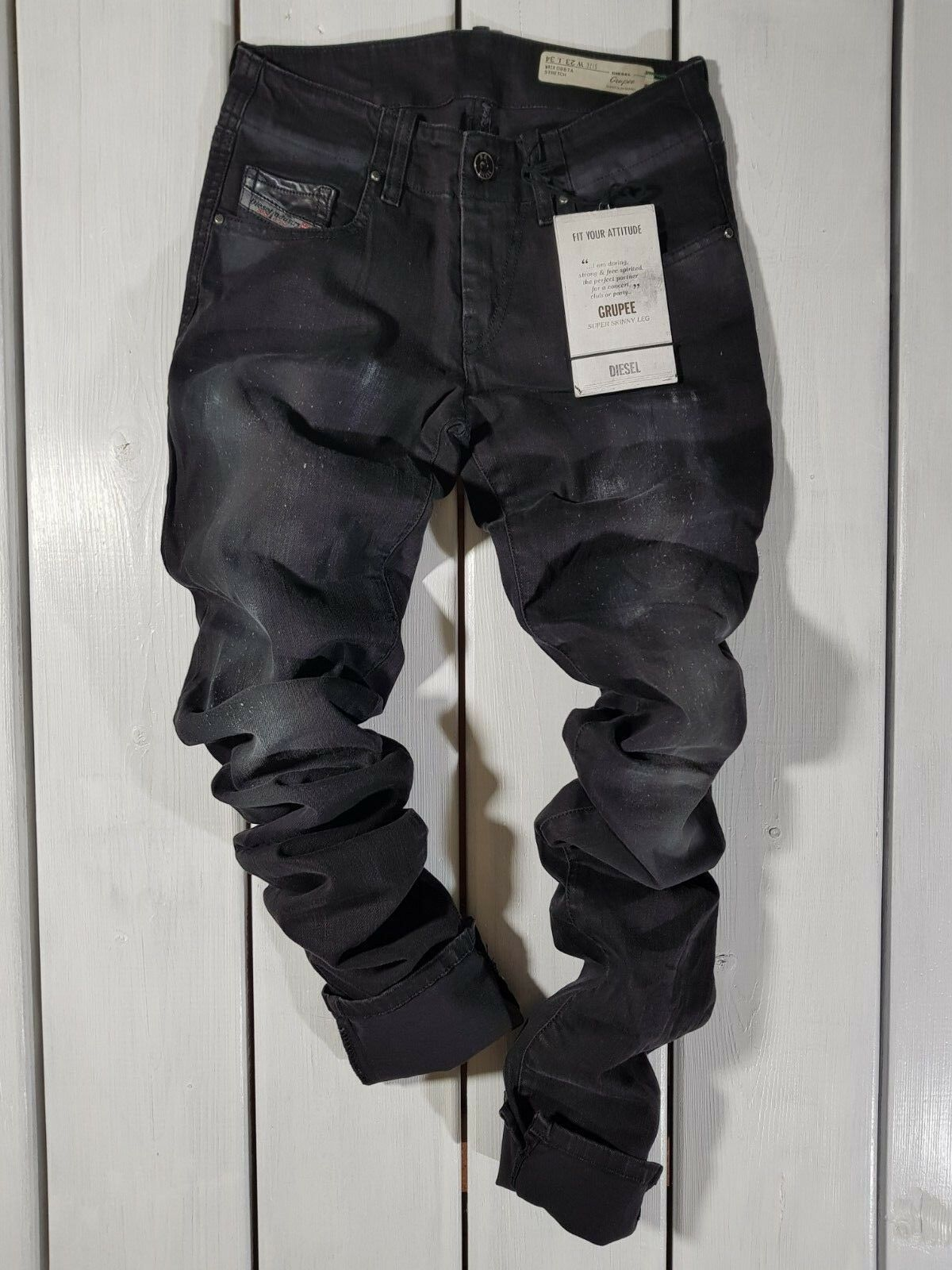 Nuovo Diesel DONNA Jeans W23 L34 Grupee 0887a Super Slim Aderente Nero