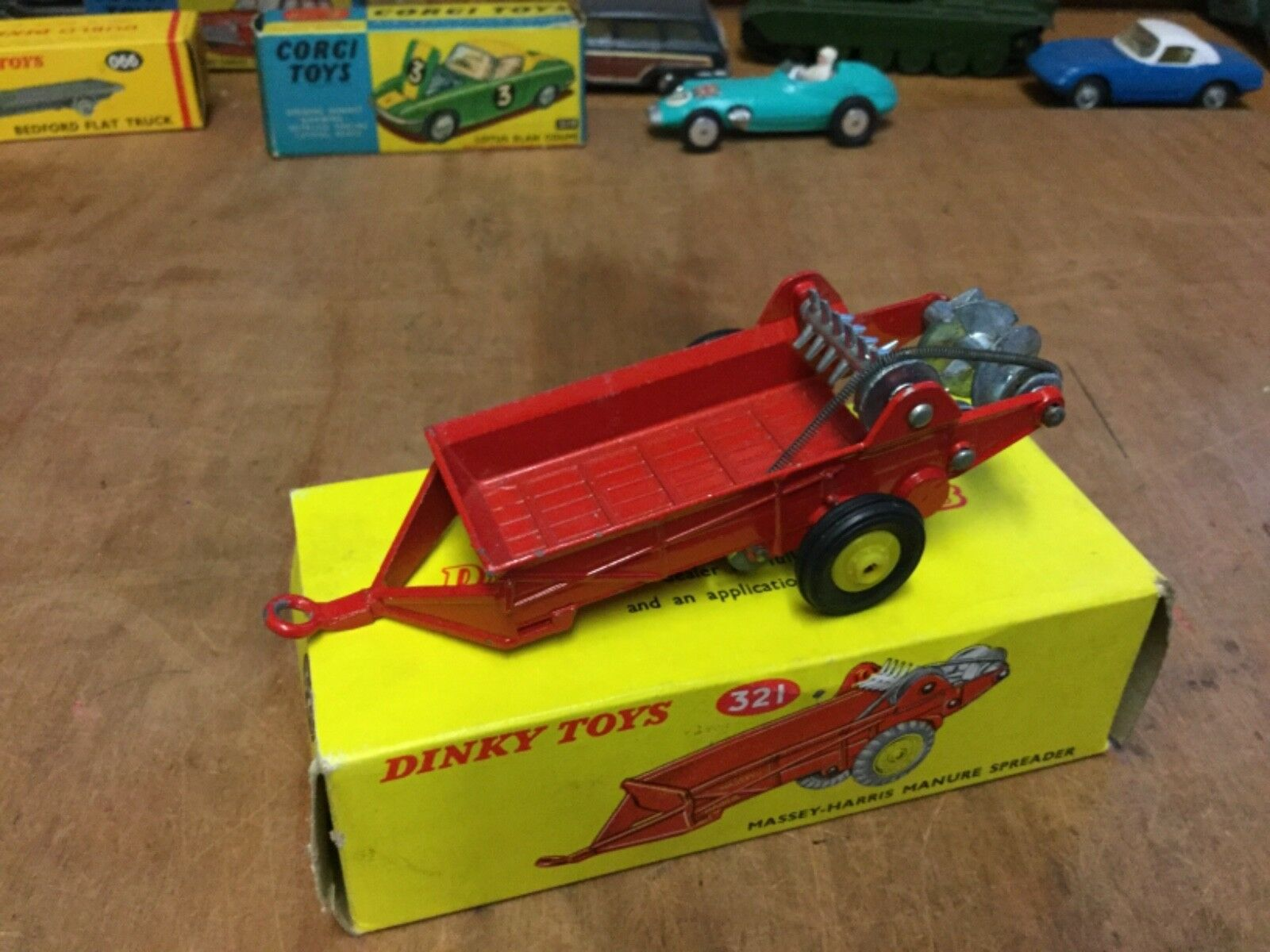 BOXED DINKY 321MASSEY-HARRIS MANURE SPREADER