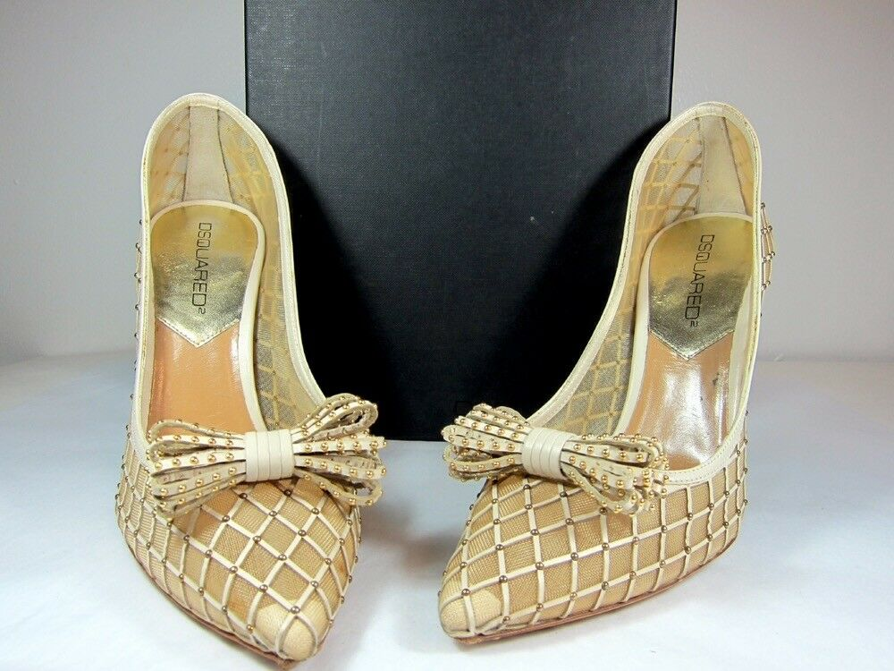 """A Pre-owned Dsquared Ivory Carreto pump shoe, size IT 39, 4"""" heels."""