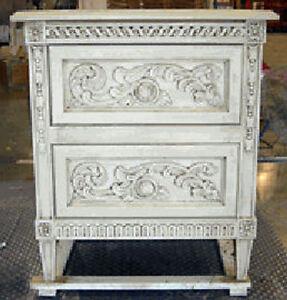 Peu-De-Fleur-French-Side-End-Table-25-Antique-Paints-Old-World-Stains-New