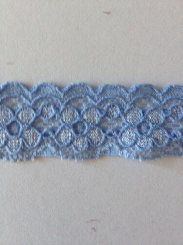 5 x Mtrs De Bleu Extensible Dentelle Look dentelle environ 7//8ths pouces de large voir détails