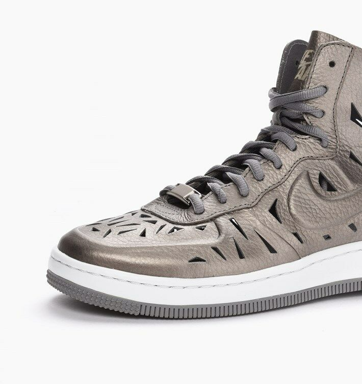 huge selection of 70204 f16bb ... Nike WOMEN S Air Force 1 Ultra Force Mid Mid Mid JOLI Metallic Pewter  SIZE 5 f25fbe ...