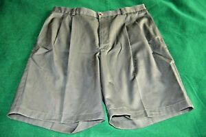 36W-ROUNDTREE-YORKE-Gold-Label-Green-Khakis-Shorts