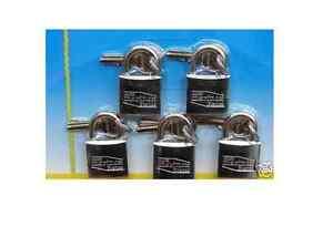 Lot de 5 cadenas marine inox mème clés 30mm UOMGnJTg-09104613-374628213