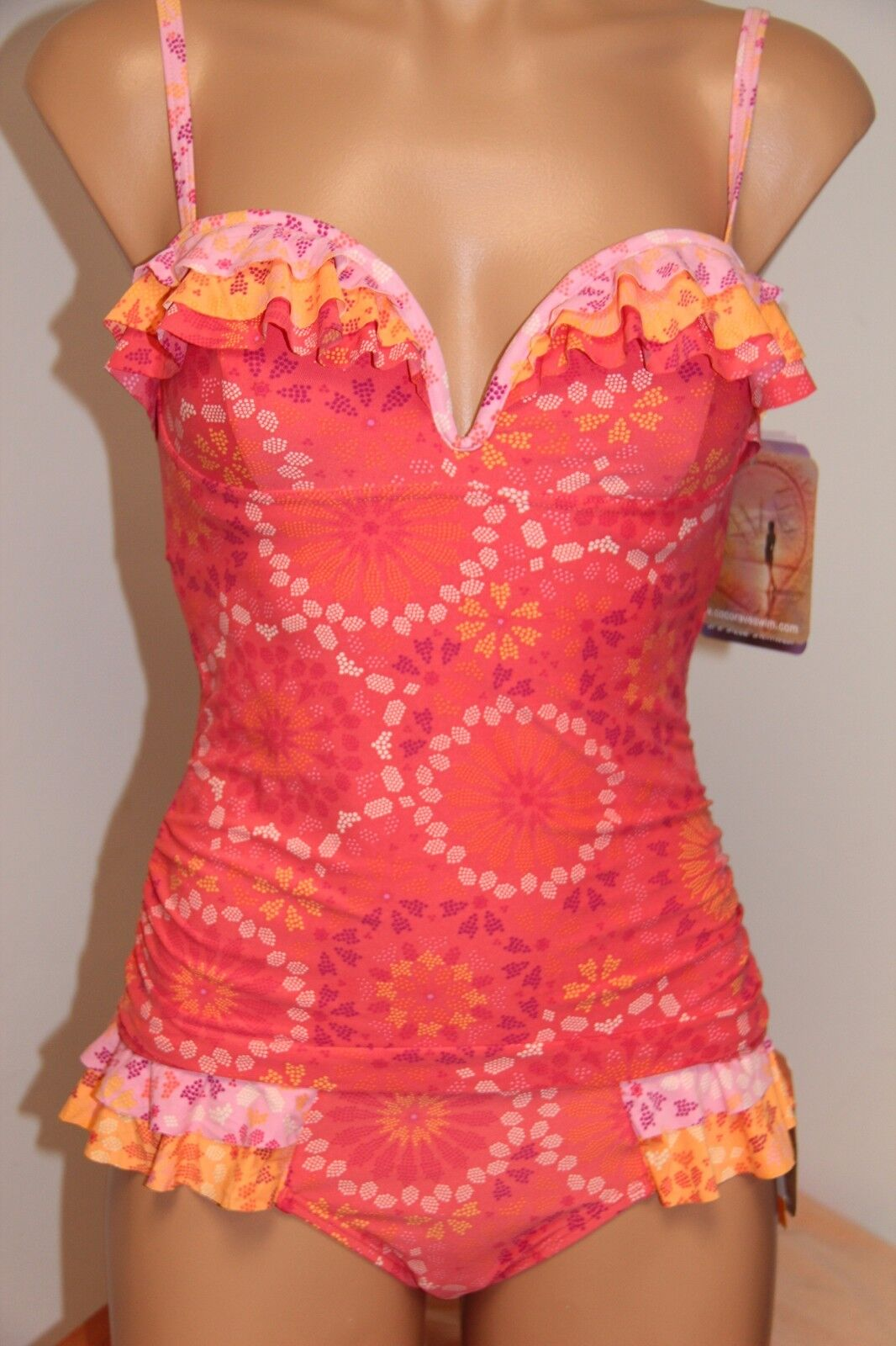 NWT Coco Rave Swimsuit Tankini 2pc set Size S 30 32D Cup U-Wire Coral Ruffled