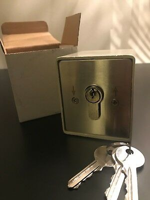 ROLLER SHUTTER KEY SWITCH THREE KEYS GEBA EQUIVALENT REPLACEMENT SHOP DOOR