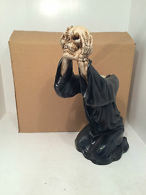 Headless Soul Candle Tealight Holder Figurine Ornament Gothic Scary Special