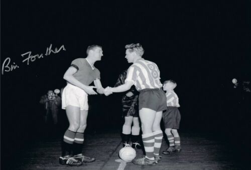 Signed Bill Foulkes Manchester United Autograph Handshake Photo + Proof