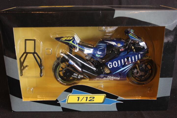 Altaya Yamaha YZR-M1 2004 1 12 Valentino Rossi (ITA) (JH)