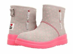 Womens Boots UGG Kisses Mini Hot Pink Hearts Suede