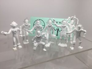 Marx-Robot-amp-Spacemen-Tom-Corbett-Space-Cadets-Reissue-With-Helmets