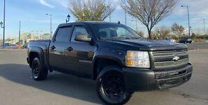 2009 Chevrolet Silverado 1500 4x4 = CREW CAB = PRICED TO SELL