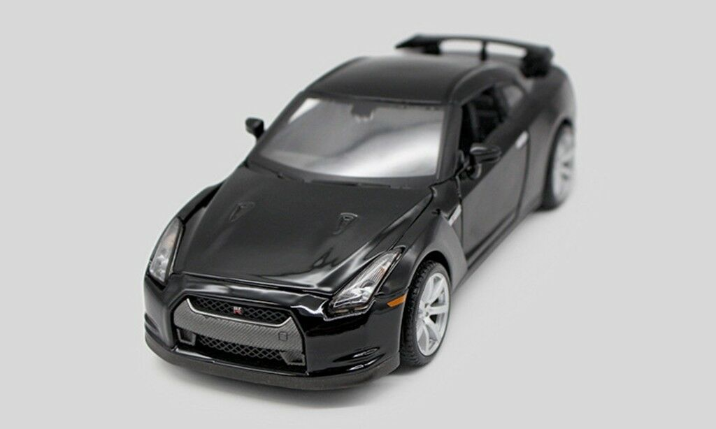 Centenario Car Diecast Grey New Maisto 31386 GT - R Model 1 24 2009 Nissan