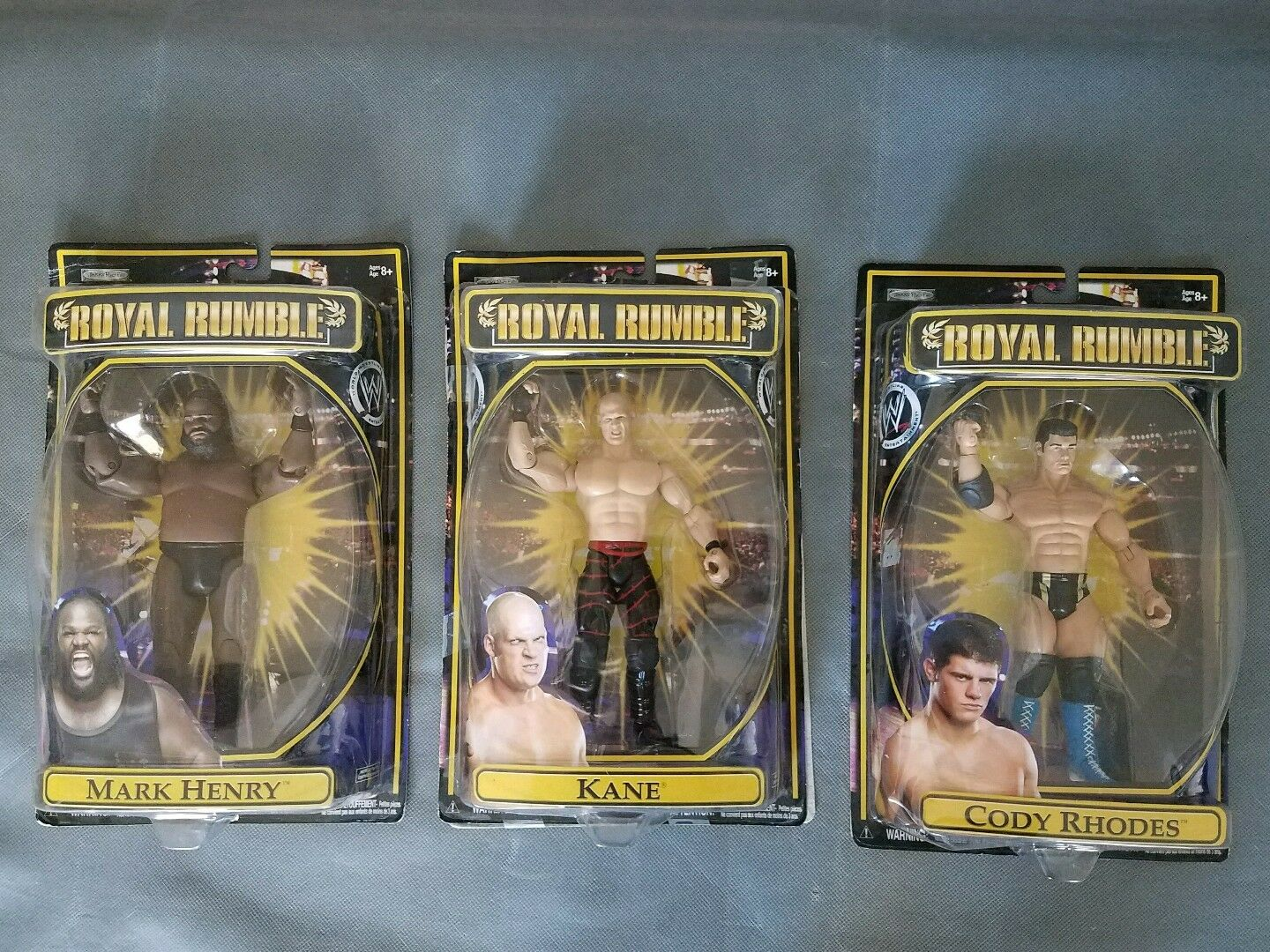 Royal rumble 2009 action figure Lot Kane, Mark Henry, Cody Rhodes